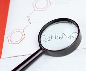 Das Farbmolekül C22-H16-N4-O.